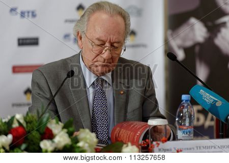 ST. PETERSBURG, RUSSIA - DECEMBER 7, 2015: Artistic director of Saint Petersburg Philharmonic hall Yury Temirkanov during the press conference devoted to opening of the festival