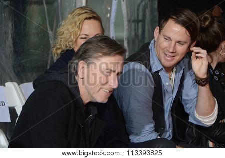 LOS ANGELES - JAN 5:  Tim Roth, Zoe Bell, Channing Tatum at the Quentin Tarantino Hand & Footprints Ceremony at the TCL Chinese Theater IMAX on January 5, 2016 in Los Angeles, CA