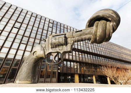 LUXEMBOURG, LUXEMBOURG - NOVEMBER 04, 2015: gun sculpture on the Kirchberg in Luxembourg, designed by Carl Fredrik Reuterswaerd. Its one of 3 existing copies, another in NYC and one in Malmoe