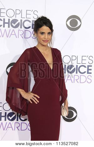 LOS ANGELES - JAN 6:  Torrey DeVitto at the Peoples Choice Awards 2016 - Arrivals at the Microsoft Theatre L.A. Live on January 6, 2016 in Los Angeles, CA