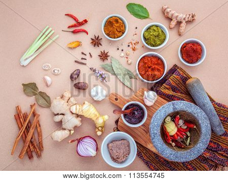 Assortment Of Thai Food Cooking Ingredients And Paste Of Thai Popular Food Red Curry And Green Curry