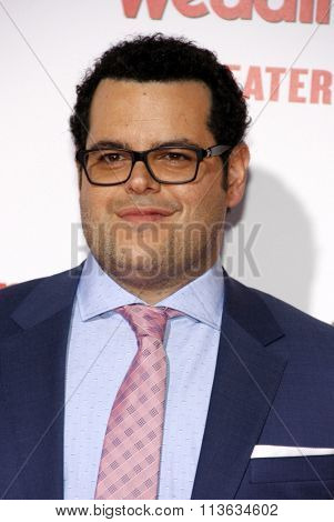 Josh Gad at the Los Angeles premiere of