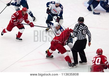 D. Semin (42) On Face-off