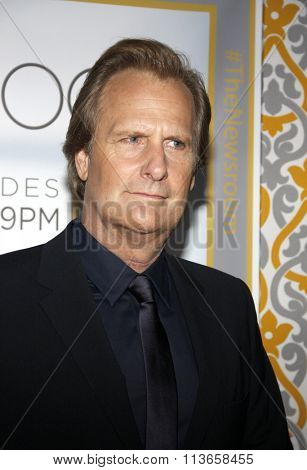 Jeff Daniels at the Los Angeles premiere of HBO's