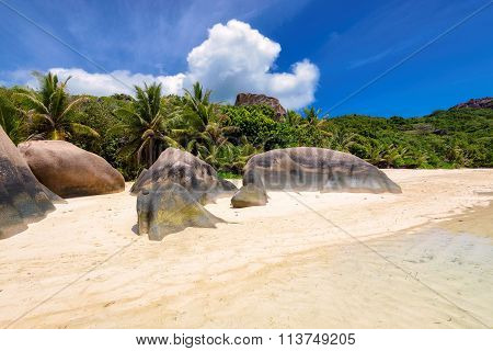 Anse Source d'Argent - Beach on island La Digue in Seychelles