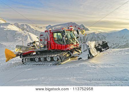 Ratrack At Work In Kasprowy Wierch In Zakopane In Winter
