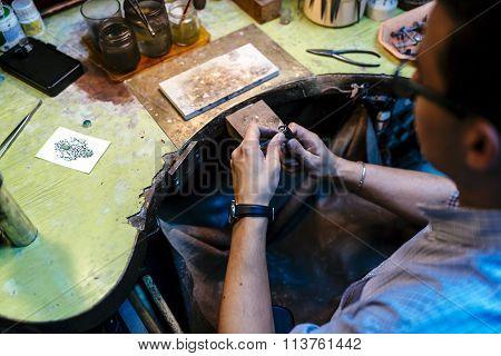 Goldsmith Working