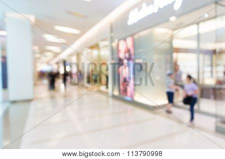 Blur Of Defocus Background Of Shopping Retail Store In Plaza Mall