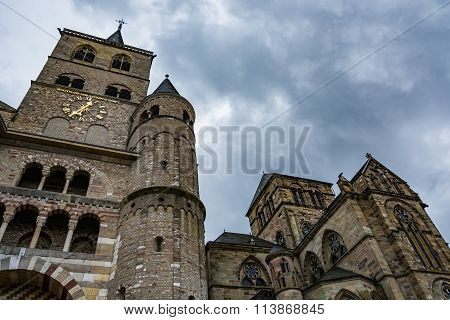 View of the Cathedral of Trier on a cloudy day