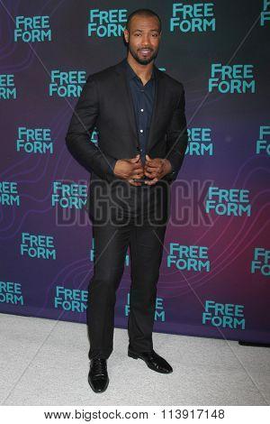 LOS ANGELES - JAN 9:  Isaiah Mustafa at the Disney ABC TV 2016 TCA Party at the The Langham Huntington Hotel on January 9, 2016 in Pasadena, CA