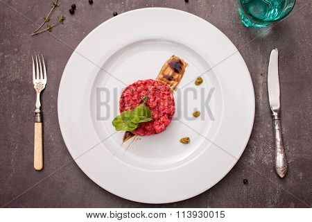 salmon tartar with beet