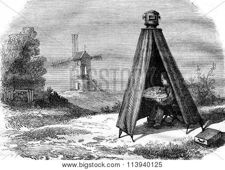 Portable darkroom Nollet, vintage engraved illustration. Magasin Pittoresque 1876.