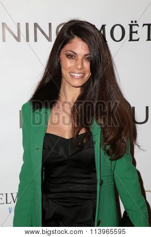 LOS ANGELES - JAN 7:  Lindsay Hartley at the Mark Zunino Atelier Opening at the Mark Zunino Atelier Boutique on January 7, 2016 in Beverly Hills, CA