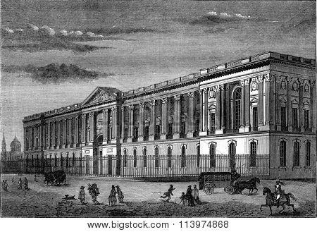 Louis XIV, Perrault's Colonnade, vintage engraved illustration. Magasin Pittoresque 1847.