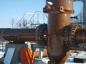 Latch on the pipeline with the electric drive. Installation works. poster
