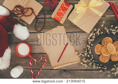 Papyrus And Christmas Presents