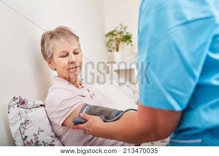 Blood pressure control of senior woman with hypertension