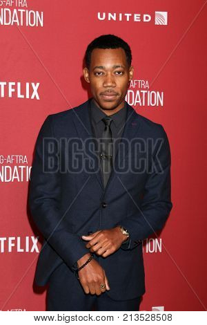 LOS ANGELES - NOV 9:  Tyler James Williams at the Patron of the Artists Awards 2017 at Wallis Annenberg Centeron November 9, 2017 in Beverly Hills, CA