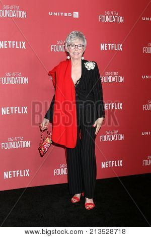 LOS ANGELES - NOV 9:  RIta Moreno at the Patron of the Artists Awards 2017 at Wallis Annenberg Centeron November 9, 2017 in Beverly Hills, CA