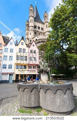 Fountain Of The Fishwives At Fischmarkt In Cologne