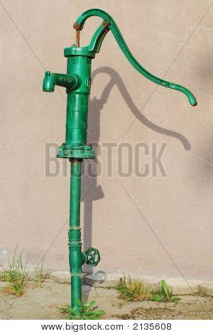 Green Water Pump