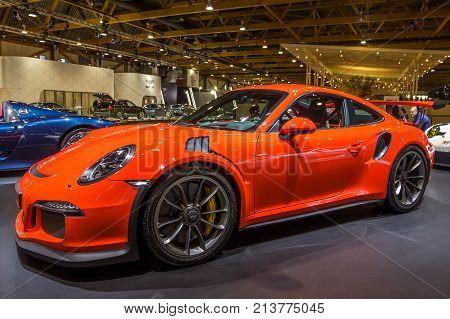 Porsche 911 Gt3 Rs Sports Car