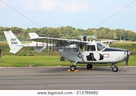 Cessna O-2 Skymaster Airplane
