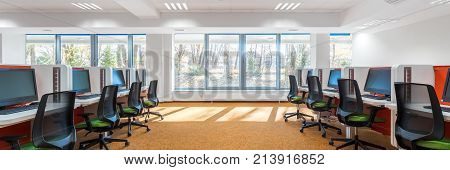 Spacious It Classroom With Window