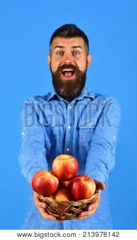 Guy Presents Homegrown Harvest. Farming And Autumn Crops