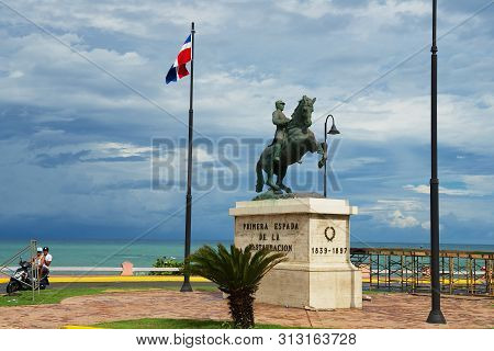 Puerto Plata, Dominican Republic - November 04, 2012: Equestrian Statue To The General Gregorio Lupe