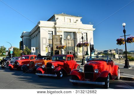 Victoria Bc,canada,july 21st 2019.classic Cars Line The Streets Of Victoria Bc During Deuce Days Car