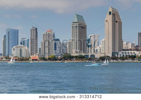 San Diego is a city in the U.S. state of California. It is in San Diego County, on the coast of the Pacific Ocean in Southern California, adjacent to the border with Mexico.