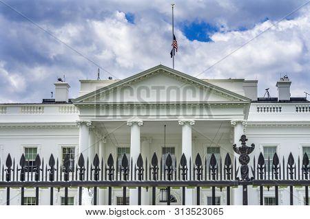 Black Fence Presidential White House Pennsylvania Ave Washington Dc