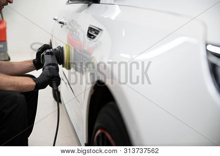 Polishing Car With Electric Grinder
