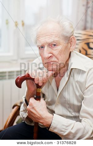 traurigen alten Mann