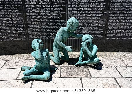 Miami Beach, Florida - July 21, 2019 - The Holocaust Memorial, Designed By Kenneth Treister In Memor
