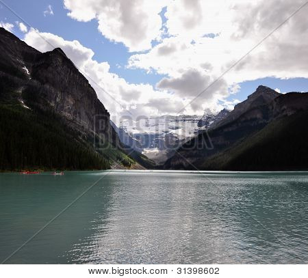 Stunning colors of lake Louise and Rocky mountains