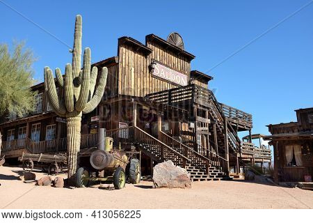 APACHE JUNCTION, AZ - DECEMBER 8, 2016: Mammoth Steakhouse and Saloon at the Goldfied Ghost Town in Apache Junction, Arizona, off Route 88.