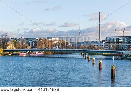 Berlin, Germany - November 23, 2020: Nordhafen, A Former Inland Port On The Berlin-spandau Shipping