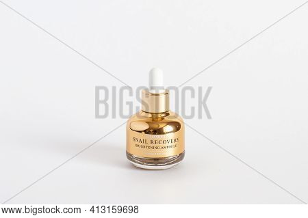 Russia, Rostov-on-don, 05.07.2018 Korean Cosmetics, Deoproce Snail Recovery Brightening Ampoule, Iso