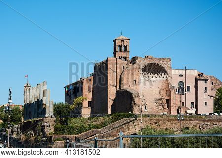 Roman Forum, Rome, Italy - May 17, 2017: View Of The Temple Of Venus And Roma At The Entrance Of The