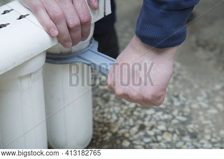 Replace Water Filters With Your Own Hands.replaceable Filters For Cleaning Tap Water. Three-stage Wa