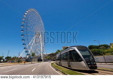 Rio De Janeiro, Brazil - January 18, 2021: Rio Star Ferris Wheel In Revitalized Part Of The City And
