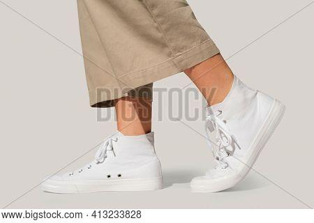 Basic white sneakers unisex streetwear fashion shoot