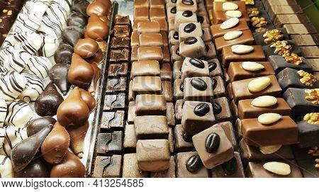 Great Chocolate Bonbon Texture