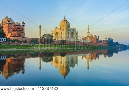 Unesco World Heritage Site, Taj Mahal By Yamuna River In Agra, India