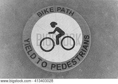 March 15, 2021- Long Beach, California: Bicycle Path Logo. Bike Path, Yeald To Pedestrians. Editorial Use Only.