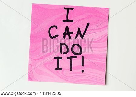 I Can Do It Close Up Lettering