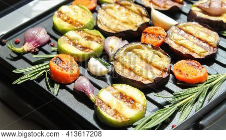 Healthy Fresh Summer Glazed Grilled Bbq Veggies With Herbs Close-up