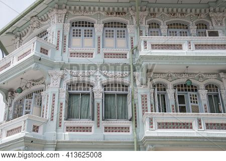 Singapore - Mar 19, 2021: Front View Of Traditional Peranakan Or Straits Chinese Singapore Shop Hous